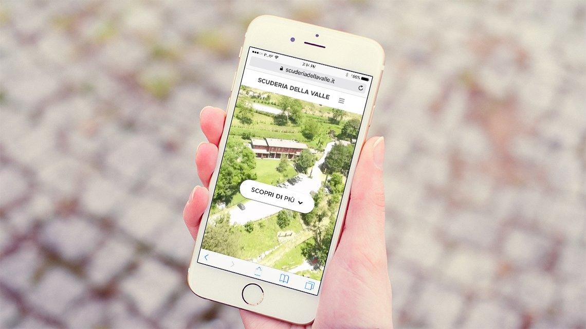 Mockup smartphone scuderia della Valle
